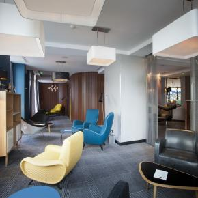 Compagnie Hôtelière de Bagatelle - Platine Hotel Paris - Services - Honesty bar